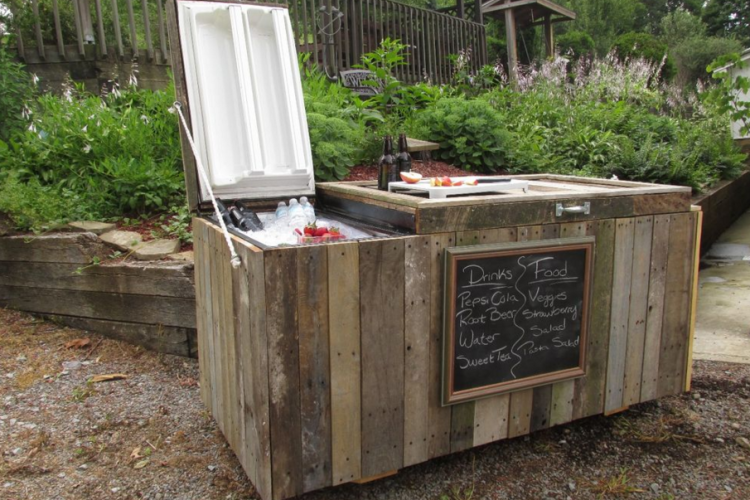 turn an old refrigerator into a fun outdoor party cooler